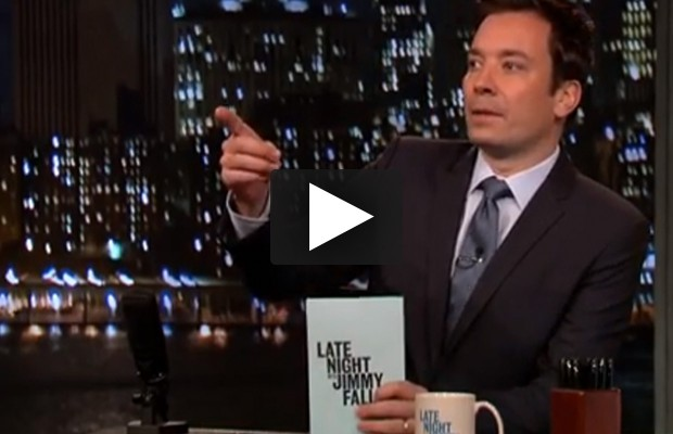 Jimmy Fallon reads texts from moms